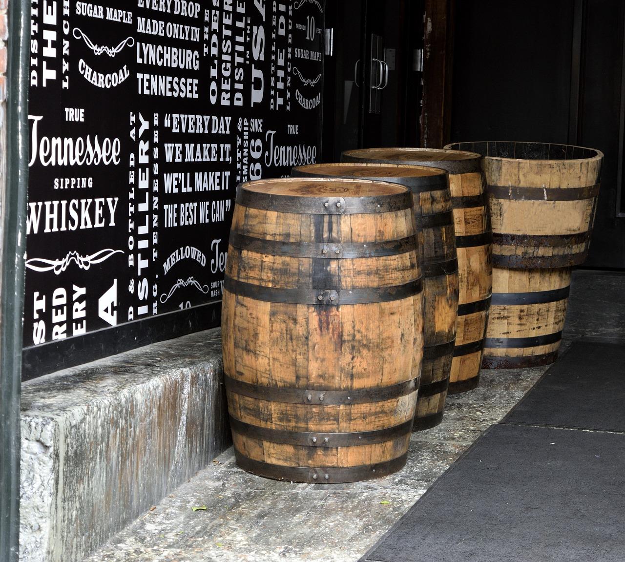 【バーボンウイスキーでハイボール】コスパ重視で選ぶ!おすすめ銘柄15選 一杯の値段付